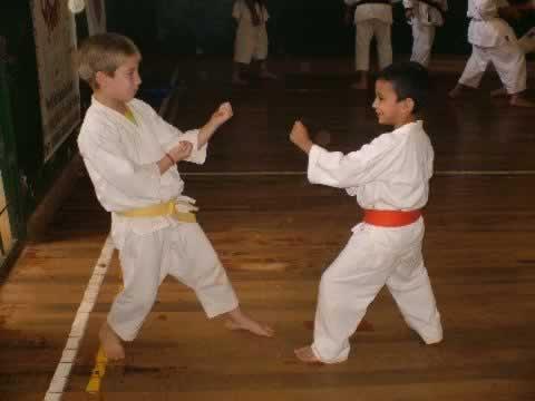 Fotos - Nov 2006 - 1° Encuentro Interescolar de Dojos - 02