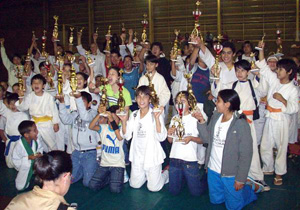 Exitoso Torneo Provincial de Karate Tradicional AKTA